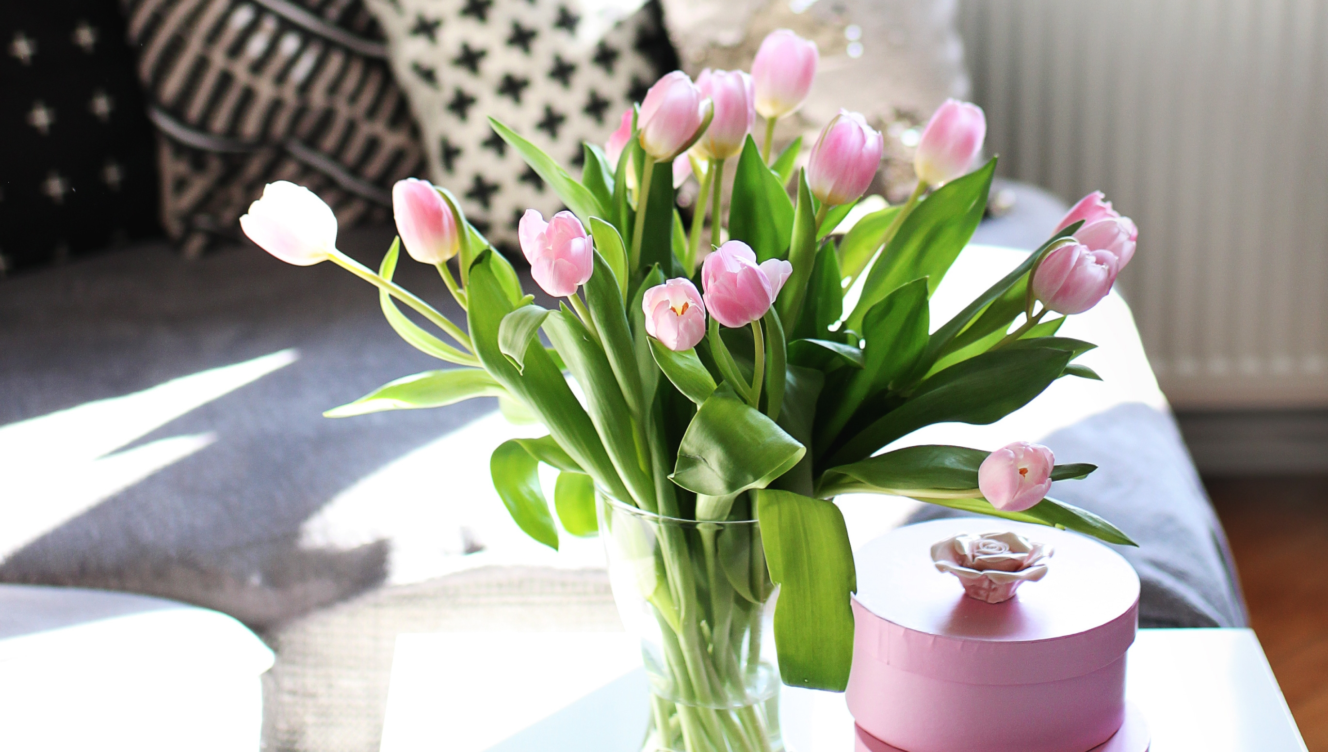 HTips to Choose the Right Flowers for Your Home