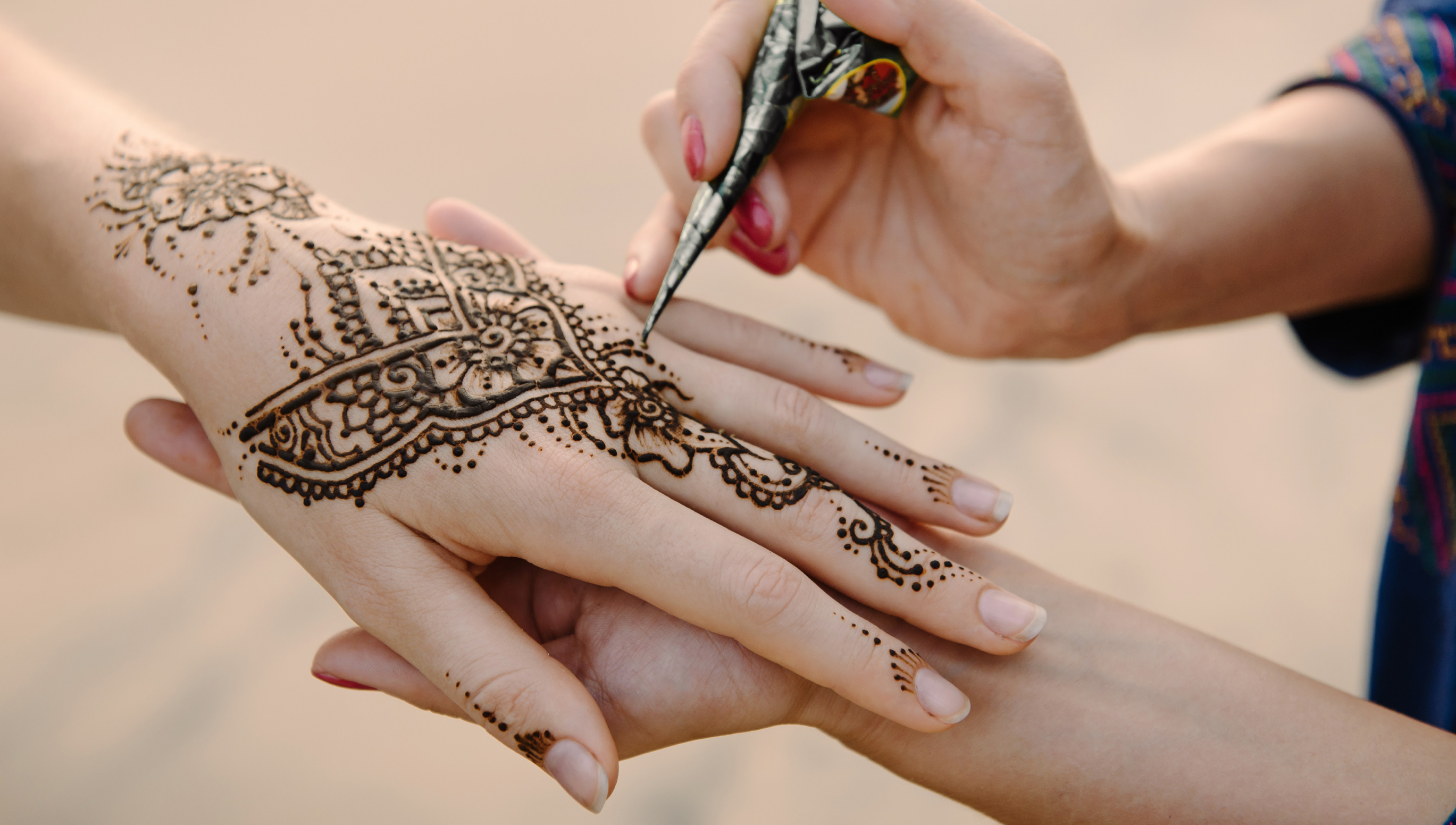 HHow to Make Henna at Home?