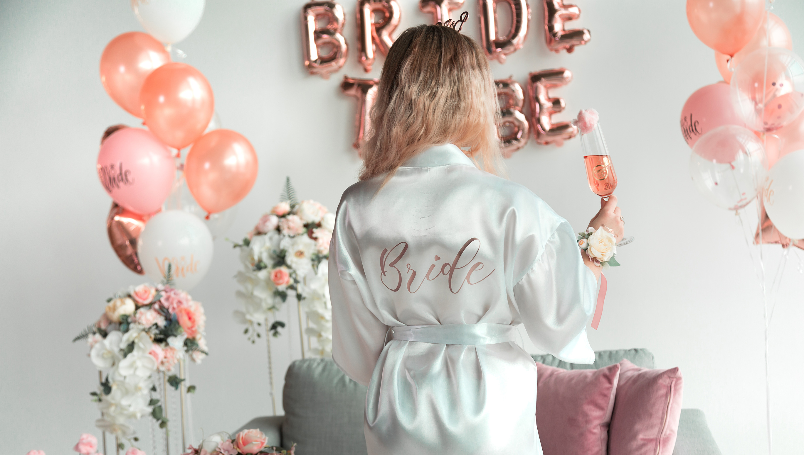 HFlower Decorating Ideas for Your Bachelorette Party