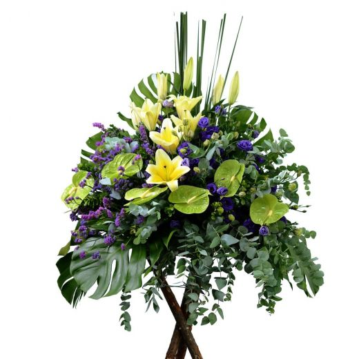 WELL WISHES FLOWER STAND