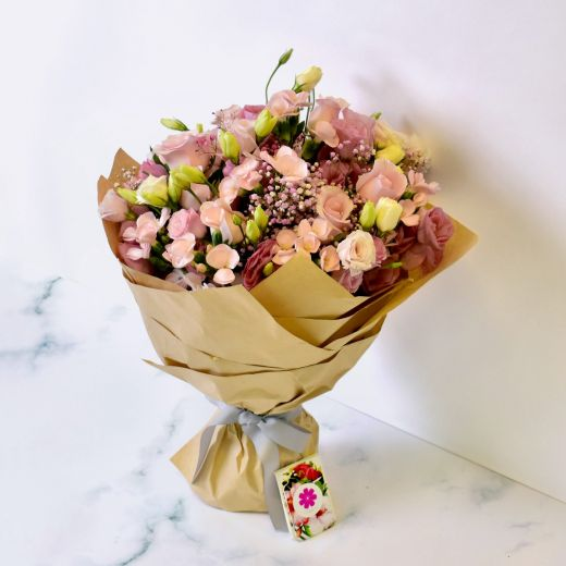 PINK ROSES & EUSTOMA FLOWER BOUQUET